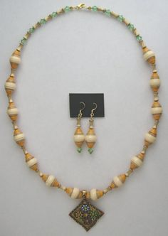Items similar to 21 inch Paper Bead Necklace and Earrings on Etsy