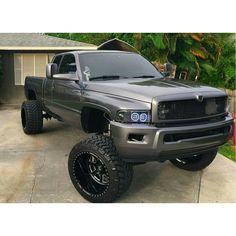 Jacked Up Trucks, Dodge Trucks, New Trucks, Custom Trucks, Cool Trucks, Cummins Diesel Trucks, Dodge Ram Diesel, Dodge Cummins, Second Gen Cummins