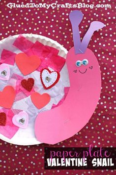 day crafts for kids toddlers Tissue Paper & Paper Plate Valentine Snail – Kid Craft For Valentine's Day Valentine's Day Crafts For Kids, Valentine Crafts For Kids, Daycare Crafts, Valentines Day Activities, Valentines Day Decorations, Valentine Day Crafts, Toddler Crafts, Preschool Crafts, Preschool Themes