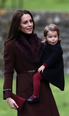 Duchess Kate and Prince William take George and Charlotte to church, Queen Elizabeth still recovering: The best photos from the British royals' Christmas - Photo 10