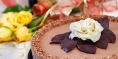 Nepečena čokoladna, lješnjak torta