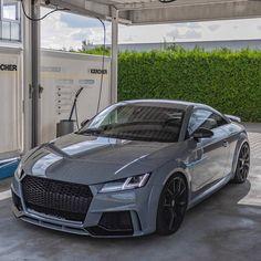 Audi Tt, Nardo Grey, Audi Allroad, Bmw Series, Cool Sports Cars, Audi Sport, Cute Cars, Ford Gt, Sexy Cars