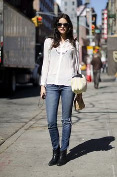 a semisheer top against staple denim is pretty much a no-fail way to nail effortless polish  | For more style inspiration visit 40plusstyle.com