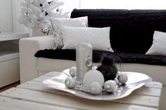 Uudet bling-bling tyynyt! - IMAGE black and white - CASA Blogit
