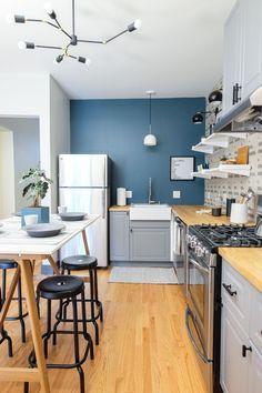 Grey Ikea Kitchen, Grey Kitchen Walls, Ikea Kitchen Cabinets, Kitchen Wall Colors, Kitchen Colour Schemes, Grey Kitchens, Kitchen Units, Country Kitchen, Kitchen Interior