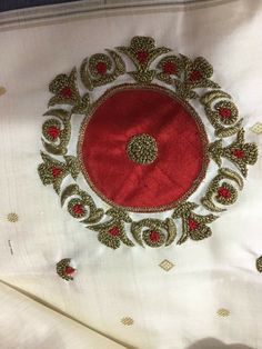 Zardozi Embroidery, Hand Work Embroidery, Gold Embroidery, Hand Embroidery Designs, Embroidery Patterns, Blouse Patterns, Blouse Designs, Hand Work Design, Sewing Trim