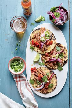 Slow Cooker Barbacoa Brisket - Slow cooking tougher cuts of meat, such as beef brisket, gives you a meltingly tender texture. For tacos, serve the saucy barbacoa in. Healthy Slow Cooker, Slow Cooker Beef, Slow Cooker Recipes, Beef Recipes, Crockpot Meals, Grilled Recipes, Healthy Grilling, Crockpot Dishes, Pork