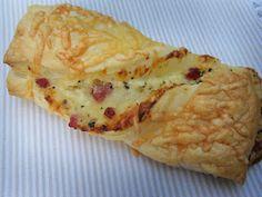 Blätterteig: Schinken-Schmand-Stangen mit Käse