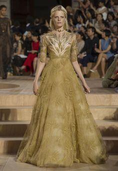 Valentino // Fall 2015 Couture
