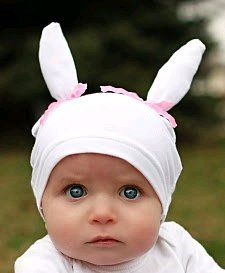 Free bunny hat tutorial. I'm might just be mean enough to make my little boy wear a blue bow version of this.