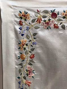 Embroidery Suits Punjabi, Embroidery Dress, Embroidery Stitches, Embroidery Patterns, Hand Embroidery, Machine Embroidery, Crochet Patterns, Kurti Neck Designs, Blouse Designs