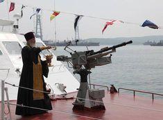 Картинки по запросу духовность окропление военной техники фото