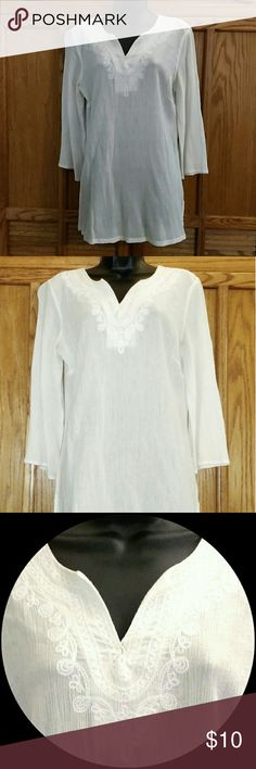 GLORIA VANDERBILT Tunic /Top with Embroidery Beautiful Gloria Vanderbilt Tunic with intricate embroidery. 100% cotton. Off-white/white. Approximate measurements of the top are Shoulder 18 inches, Bust 42 inches,  Length 29 inches, and Sleeve Length 19 inches.  This is a gorgeous top! Gloria Vanderbilt Tops