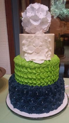 Seahawks themed wedding cake made by Jessica Guess with Sugar Lips!
