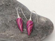 "earring art Designer Ohrringe "" Hibiskus Knospe "" Polymer C... von filigran-Design auf DaWanda.com"