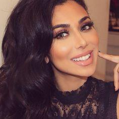 Huda Kattan's Best Beauty Tips Beauty Quotes, Beauty Art, Huda Beauty, Beauty Skin, Beauty Women, Beauty Makeup, Hair Makeup, Flawless Makeup, Makeup Tips