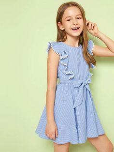 Girls Dresses Sewing, Frocks For Girls, Cute Girl Outfits, Little Girl Dresses, Kids Outfits, Frock Design, Elegant Outfit, Striped Dress, Baby Dress