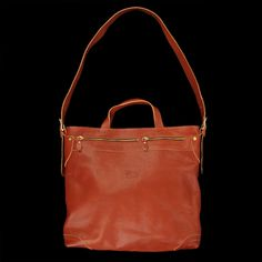 il bisonte Zip-Top Tote Bag with Shoulder Strap in Cognac Angle3