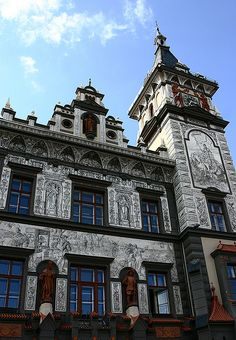 The town hall of the lovely little town of Prachatice, Czech Republic Prague, Beautiful Places In The World, Bratislava, Town Hall, Beautiful Buildings, Czech Republic, Homeland, Vienna, Houses