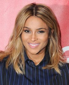 If you're looking for haircut inspiration, keep in mind that a cut like Ciara's shoulder length look is great for summer because it's universally flattering and is pretty low maintenance. Summer Haircuts, Summer Hairstyles, Cool Hairstyles, Medium Hairstyles, Beauty And Fashion, Hair Today, Hair Dos, Shoulder Length, Hair Trends