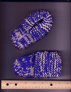 Ravelry: toddler sock slippers pattern by Karen Kennedy Simply Knitting, How To Start Knitting, Easy Knitting, Knitting For Kids, Knitting Patterns Free, Knitting Projects, Knit Patterns, Sewing Projects, Knit Slippers Free Pattern