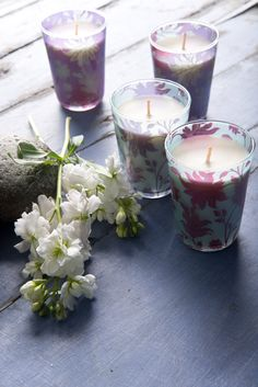 FRAGRANCES FOR EVERY MOOD Fragrant #candles can elicit a psychological response that subtly influence mood. Psychologists say our memories and mood are connected deeply to our olfactory sense which is most neglected in daily living. We #handcraft candles for every mood and season to indulge the senses and uplift the spirit. Shop the candles on our #WebBoutique . #FragrantWorld #JoyInTheEveryday #Nourish