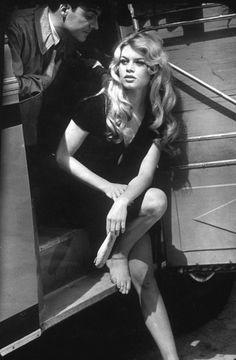 Brigitte Bardot on set 1958. Photo by Loomis Dean.