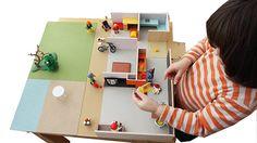 #ARQUITECTURA #MAQUETAS #CASAS #PLAYMOBIL #MUEBLES - ARQUITECTURA MINI by Parramon + tahull arquitectes Este es un proyecto de creación de modelos didácticos y experimentales de arquitectura que, utilizando el juego participativo, permiten una reflexión activa sobre las posibilidades de los espacios domésticos contemporáneos.   +INFO www.pta.com.es  Campaña crowdfunding verkami www.verkami.com/projects/3638