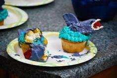 Cupcakes de tiburones mal