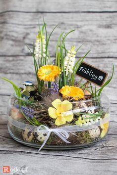 Kunstblumen & -pflanzen - Frühling im Glas - ein Designerstück von Rotkopf-design bei DaWanda