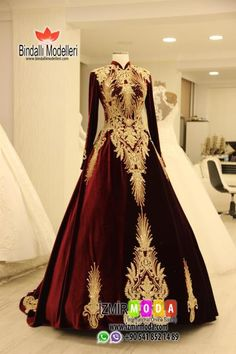 Tesettür Bindallı-O5014 Shadi Dresses, Pakistani Bridal Dresses, Wedding Dresses, Hijab Style Dress, Dress Outfits, Turkish Wedding Dress, Ethnic Gown, Royal Clothing, Frack