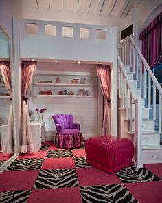 Monthly Design Tour: Jennifer Coleman's Playful Tribeca Loft | Design Happens