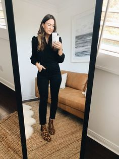 Winter Dress Shoes for Women . Winter Dress Shoes for Women Pin On Style Inspiration Black Ankle Boots Outfit, Ankle Boots With Jeans, Booties Outfit, Ankle Boots How To Wear, Ankle Boot Outfits, Calf Boots, Black Booties, Winter Boots Outfits, Fall Outfits