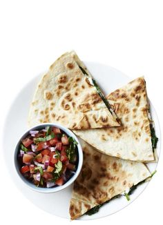 Our go-to quick and easy comfort food. The trick to keeping the flour tortillas together is to not overfill them with the spinach and feta. Served with a fresh homemade tomato salsa, these are sure to hit the spot for a midweek meal or snack. Vegetarian Lunch, Vegetarian Recipes, Healthy Recipes, Healthy Eats, Yummy Recipes, Spinach Pancakes, Chickpea Pancakes, Baked Feta Recipe, Mexican Food Recipes