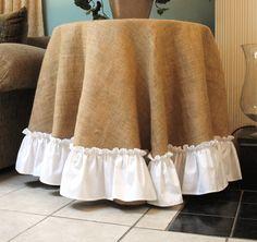 Arpillera cubierta de tabla con borde blanco de la colmena