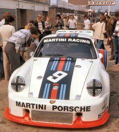 "itsawheelthing: "" what we miss … ductape covered headlights Jacky Ickx & Jochen Mass' Martini Porsche 1976 Silverstone 6 hours "" Jacky Ickx appreciation week … Porsche 911, Alfa Romeo Gta, Porsche Motorsport, Martini Racing, Vintage Porsche, F1 Racing, Road Racing, Porsche Design, Vintage Racing"