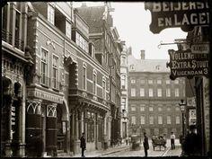 Amsterdam - Vijgendam in 1890. (Collectie Jacob Olie Jbz.)