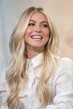 Julianne-Hough-Long-Hair-Extensions-July-2016.jpg (684×1024)