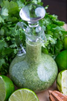 Cilantro Lime Vinaigrette - Ingredients 1 cup loosely packed cilantro cup oil cup lime juice limes) jalapeno, coarsely chopped (optional) 1 small clove garlic, minced salt and pepper to taste Directions Puree everything in a food processor until smooth. Cilantro Lime Vinaigrette, Avocado Cilantro Lime Dressing, Cilantro Lime Marinade, Coriander Cilantro, Healthy Salads, Healthy Recipes, Ninja Recipes, Healthy Foods, Vinaigrette