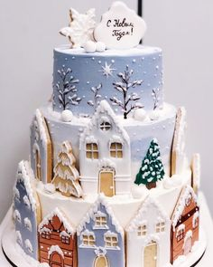 No photo description available. Christmas Gingerbread House, Christmas Tea, Christmas Goodies, Christmas Desserts, Christmas Baking, Christmas Cake Designs, Christmas Cake Decorations, Holiday Cakes, Cupcake Cakes