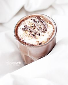 almond milk hot chocolate with whipped coconut cream//