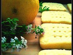 Biscotti salati al limone e timo