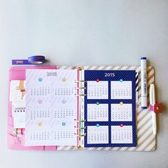 Start your new year planning with this A5 2015 calendar for your filofax or planners.