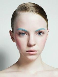 pastel make up Kiss Makeup, Eyebrow Makeup, Makeup Art, Eyeliner, Hair Makeup, Makeup Eyebrows, Eye Brows, Makeup Inspo, Makeup Inspiration