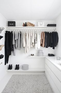 Photos via: Stylizimo So wishing I could call this minimal and bright walk-in closet my own.