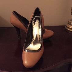 Spotted while shopping on Poshmark: BCBG leather platform heels! #poshmark #fashion #shopping #style #BCBG #Shoes