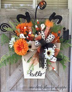 Halloween wreath, Halloween witch wreath  https://www.etsy.com/listing/616600470/halloween-wreaths-for-front-door