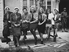 German nurses France 1944.  German nurses, captured by the Americans in the hospital the city of Cherbourg , France. The allied commanders decided on the transfer of Germans. During the radio the armistice was agreed, and with the participation of Captain Quentin Roosevelt (Quentin-IPG) of the 1 Infantry Division United States organized the return of the nurses inthe German side of Balleroy.This event was covered by press and served as propaganda to German prisoners of war to good treatment.
