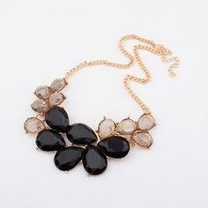 4.95$  Watch here - http://diirb.justgood.pw/go.php?t=YE1705101 - Elegant Rhinestone and Acrylic Embellished Women's Waterdrop Necklace 4.95$