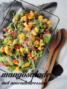 Recept: Mangosalade met avocadodressing